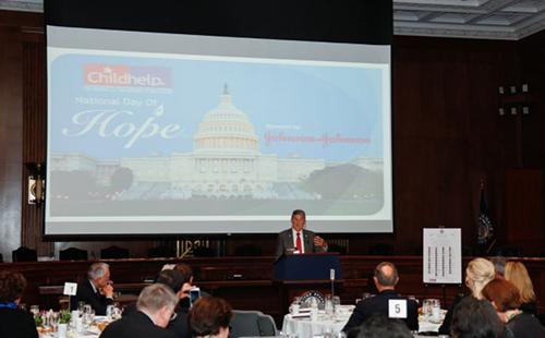 Senator Manchin Childhelp National Day of Hope 2017